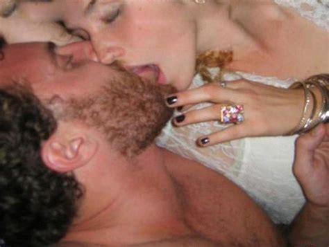 american singer songwriter and rapper kesha nude photos leaked