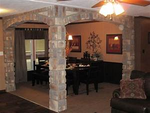 In Vogue Square Brick Interior Columns With Ceiling Fan
