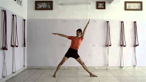 30 Minutes Practice Of Iyengar Yoga For Beginners To