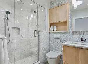 la petite salle de bains un grand defi et un vrai plaisir With carrelage adhesif salle de bain avec éclairage combles led