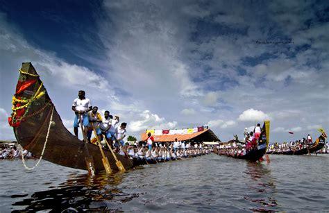 Snake Boat Race In Kerala a glimpse of the boat races of kerala tripoclan