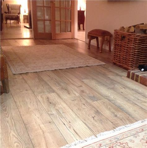 Quickstep Perspective Reclaimed Chestnut Natural UFW1541