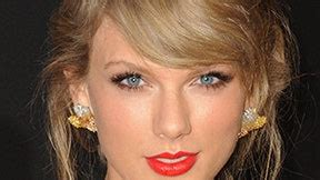 Taylor Swift Trademarks Multiple Phrases from '1989' Album ...