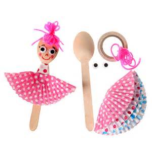 Crafts for Kids to Make Paper Dolls
