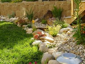 Xeriscape low water landscape ideas landscaping for Low water landscaping ideas