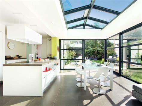 cuisine avec veranda une cuisine sous une véranda maisonapart