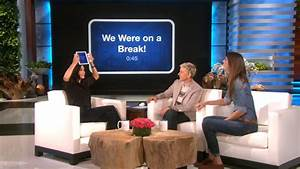 Courteney Cox Shows Off Her 'Friends' Knowledge - YouTube