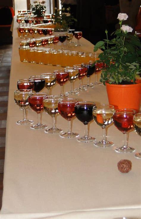 a la cuisine table de vin d 39 honneur photo de notre mariage orange chocolat et beige une image de la
