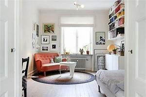 petit canap pour studio latest une tagre pour sparer les With tapis de sol avec canapé en rond