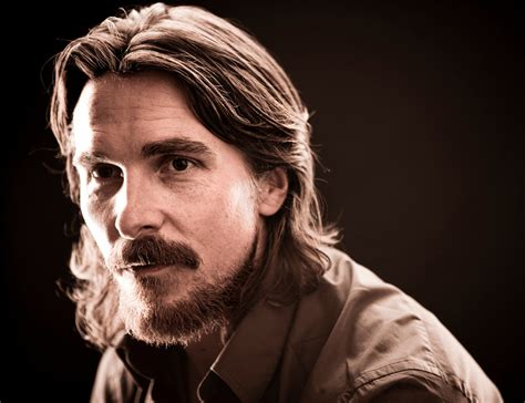 Christian Bale Talks Mark Wahlberg Fighter The