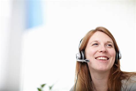 virtual receptionist service real agents