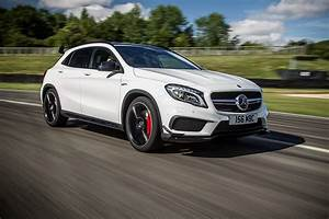 Mercedes Gla Blanc : fonds d 39 ecran mercedes benz 2014 gla 45 amg uk spec x156 blanc mouvement voitures t l charger photo ~ Gottalentnigeria.com Avis de Voitures