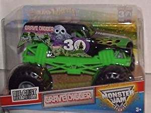 grave digger 30th anniversary monster truck toy buy wheels monster jam grave digger 30th anniversary 1