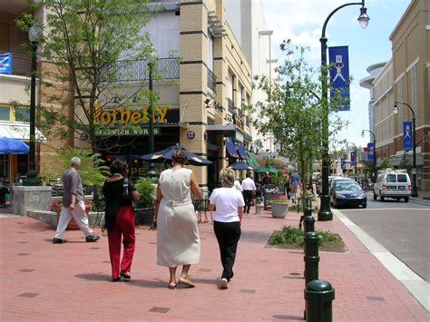 how wide is a sidewalk image gallery wide sidewalk