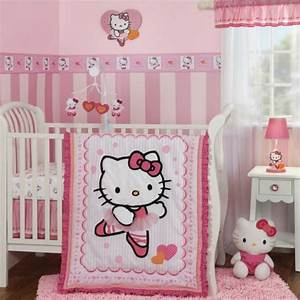 chambre bb kitty affordable chambre with chambre bb kitty With déco chambre bébé pas cher avec coussin tapis de fleurs