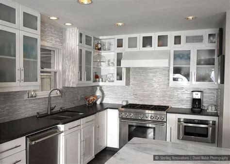 Black And White Design Kitchen Backsplash Tile