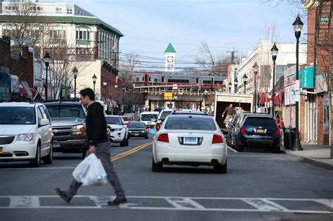 Home Sales Brisk In New York City's Suburbs