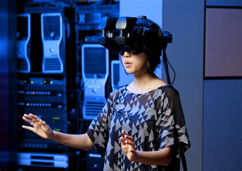 The Race To Make Virtual Reality An Actual (business) Reality