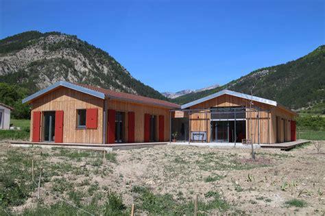 maison ossature bois drome maison bois drome de maison ossature bois avec zone de stockage agricole maison ossature bois
