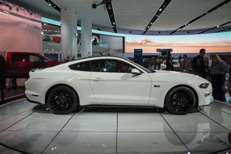 best 2019 ford mustang bullitt picture release date and review 2018 ford mustang look refresh since ponycar