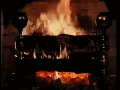 Animated Yule Log Wallpaper - yule log gif 11 187 gif images