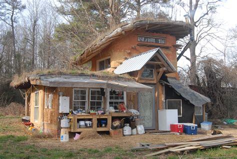 cobb house in the cob house earthen acres