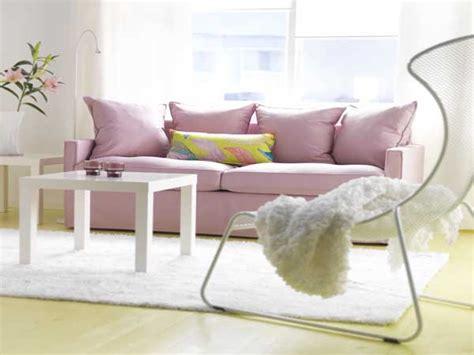 peinture pour tissu canapé beau canapé en tissu couleur quartz pantone tollens