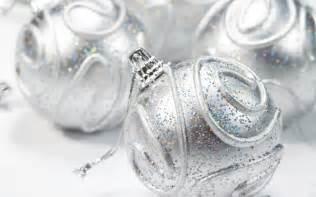 silver christmas decorations christmas photo 22229337 fanpop