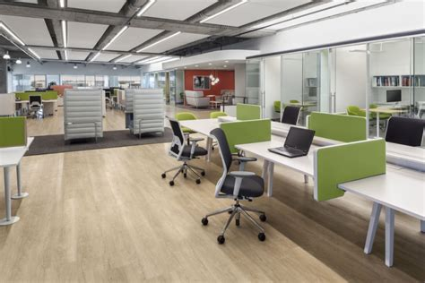Flooring Materials For Office by Id Mesh הביטאט