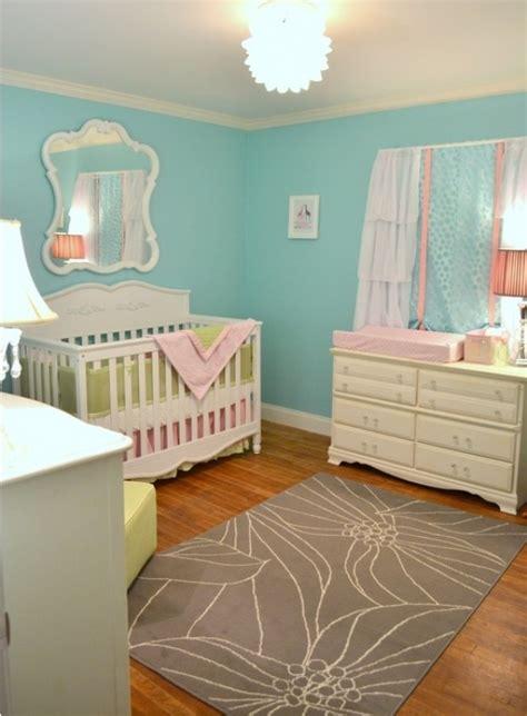 idée peinture chambre bébé fille chambre bébé bleue aqua