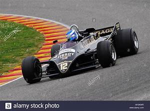 Circuit Automobile Italie : lotus 88 stock photos lotus 88 stock images alamy ~ Medecine-chirurgie-esthetiques.com Avis de Voitures