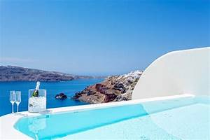 Ultimate greece luxury honeymoon at canaves oia suites at for Honeymoon packages santorini greece