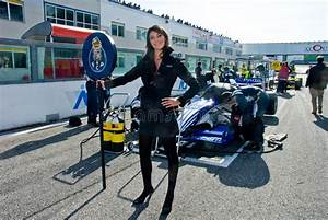 Circuit Automobile Italie : vallelunga circuit rome italy november 2 2008 grid girl editorial photography image of ~ Medecine-chirurgie-esthetiques.com Avis de Voitures