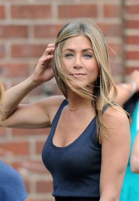 bounty hunter iprime jennifer aniston