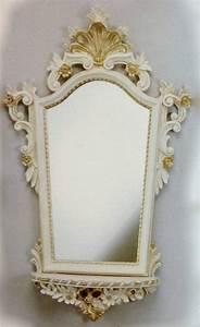Wandspiegel Weiß Barock : wandspiegel barock mit konsole wei gold spiegel ablage ~ Lateststills.com Haus und Dekorationen