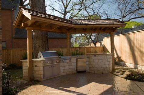 outdoor kitchen roof 17 best images about outdoor kitchen on pinterest roof tiles stainless steel and roof trusses