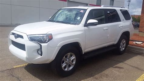 toyota runner sr premium  alpine white review
