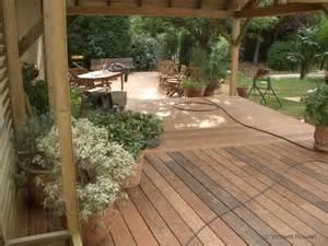amenager une terrasse en bois conseils de maisons am 233 nager sa terrasse et jardin