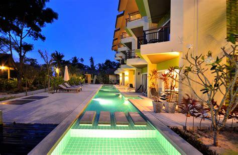 piscina moderna  azulejos verdes fotos   te