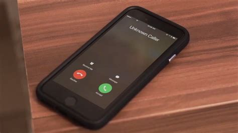 to block a caller on iphone how to block unknown callers no caller id on iphone