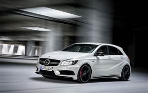 Mercedes Benz Classe A Amg : mercedes benz a45 amg 265kw hot hatch unleashed photos caradvice ~ Medecine-chirurgie-esthetiques.com Avis de Voitures