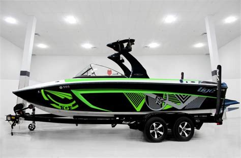 Tige Boats Nz by Tige Boats Rzr Tig 233 Boats Boating Boat