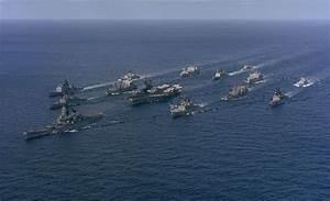 File:Battle Group Alpha (Midway, Iowa) underway, 1987.jpg ...