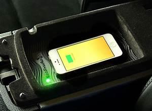 Handyhalterung Auto Wireless Charging : wireless phone charging for any vehicle consumer reports ~ Kayakingforconservation.com Haus und Dekorationen