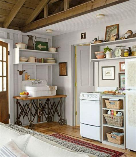 Small Lake House Cottage Kitchen Ideas (Small Lake House