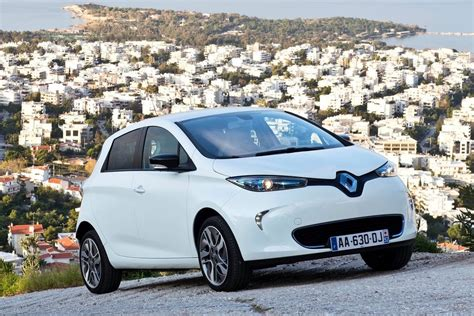 renault zoe updated renault zoe ev to debut at paris show with 350km