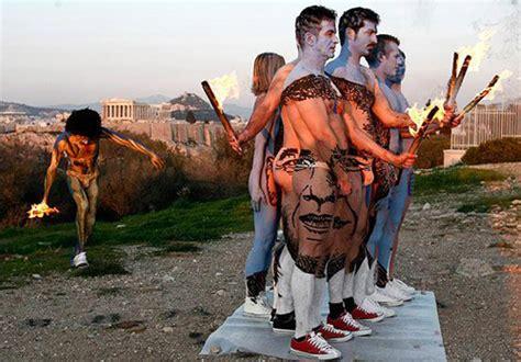 Amazing Obama Body Paint Illusion Photo Art Acrylic Artwork For Sale Paper In Telugu Optical Renovation Multifocal Fine Arts Rmit Liberal Colleges Massachusetts Japanese Architecture