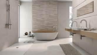 fliesen fürs badezimmer bilder badezimmer fliesen mit bunten design größe