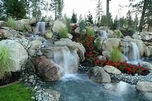 Gartenteich Mit Wasserfall : 91 ideen f r einen traumhaften wasserfall im garten ~ A.2002-acura-tl-radio.info Haus und Dekorationen