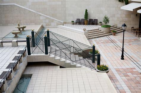 eine treppe zur terrasse bauen anleitung   schritten